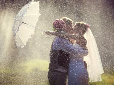 *雨の日の結婚式*1