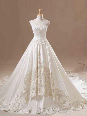 純白ドレスの秘密1